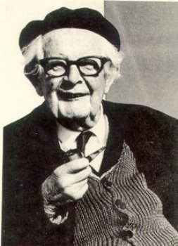 jean piaget 1 1 The module 1 videos on piaget are available as an itune textbook entitled, an introduction to piaget, for free downloadable on the ipad.